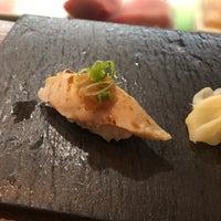 Photo prise au Sushi By Bou par Jennie P. le4/29/2018