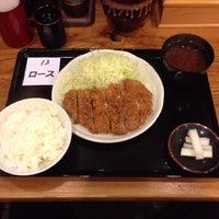 Photo taken at とんかつ まるや 新橋駅前店 by kichou21 on 7/8/2013