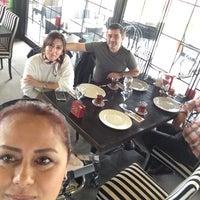 Foto tirada no(a) Hilmi Beken Restaurant por Hacer Y. em 2/28/2018