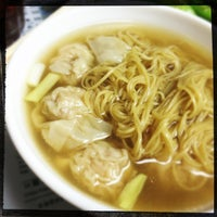 Photo taken at Wing Wah Noodles Shop by dindin on 3/28/2013