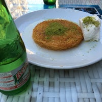 Photo taken at Tatlıcı İkizler by 🎀Mehtap G. on 10/20/2016
