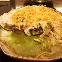 Foto tirada no(a) Sitara Indian Cuisine Restaurant por Palestine H. em 4/1/2015