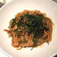 Photo prise au Hao Noodle par Jenn W. le9/27/2018