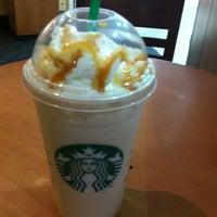 Photo taken at Starbucks by Natanael Z. on 4/16/2013