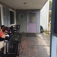 Photo taken at fiddlestix cafe by Alex F. on 9/2/2017