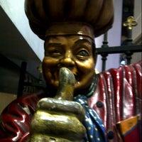 Foto tomada en Restaurante Caney por Manuel S. el 9/27/2012