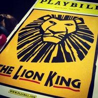 Foto tirada no(a) Minskoff Theatre por Kaila P. em 2/27/2013