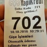 Photo taken at Yapi Kredi Bankasi-Kadosan Sube by Orhan K. on 10/10/2016