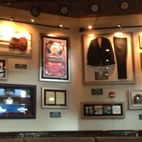 Photo taken at Hard Rock Cafe Pittsburgh by Calin C. on 4/6/2013