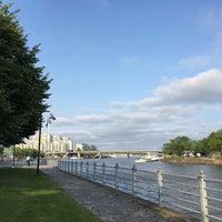 Das Foto wurde bei Kaisaniemenranta von Uri S. am 7/21/2016 aufgenommen