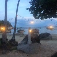 Photo taken at Ta-Yai-Hut by Taya K. on 10/15/2016