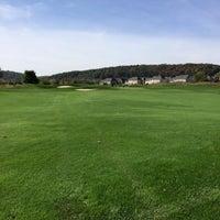 Photo taken at Raspberry Falls Golf & Hunt Club by Rich H. on 10/15/2013