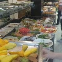 Photo taken at Status Restaurante by Cleiton L. on 3/18/2016