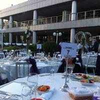 6/8/2013 tarihinde Bige O.ziyaretçi tarafından İzmir Vilayetler Evi'de çekilen fotoğraf