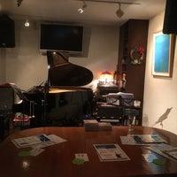 Photo prise au 珈琲美学 par kotoshimo le12/18/2015