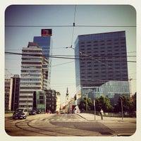Das Foto wurde bei Schwedenplatz von Harryboo am 7/18/2013 aufgenommen
