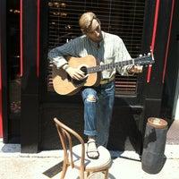 Photo taken at Mojos Bar & Grill by Dinah G. on 7/13/2013