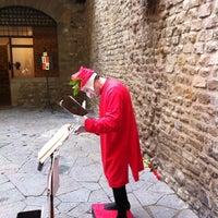 Photo taken at Museo Casa di Dante by Mushin on 11/3/2012