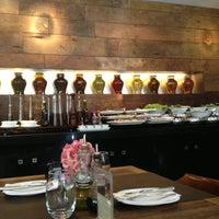 Foto tirada no(a) Restaurante Amadeus por Emi V. em 2/10/2013