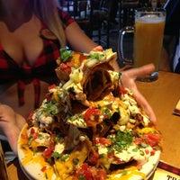 Das Foto wurde bei Twin Peaks Restaurant von Brian C. am 7/12/2013 aufgenommen