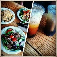 Foto scattata a J&T Thai Street Food da Alejandro C. il 5/23/2013