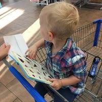 Снимок сделан в Walmart Supercenter пользователем Joe N. 10/8/2017