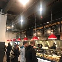 Снимок сделан в Open Kitchen пользователем Gareth N. 4/25/2018