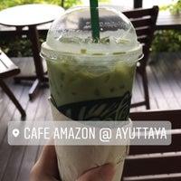 Photo taken at Café Amazon by eyeyejung. on 5/27/2017