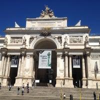 Foto scattata a Palazzo delle Esposizioni da Edmund T. il 5/14/2013