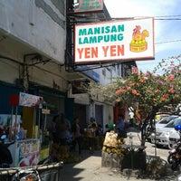 Photo taken at Manisan Lampung Yen Yen by Ryanape08 P. on 3/16/2013