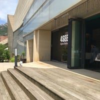 Photo taken at HWAJEONG Museum by Jee Eun (Jennifer) P. on 6/10/2017