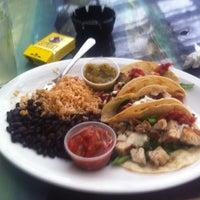 7/15/2013 tarihinde Khobi K.ziyaretçi tarafından Elmyr Restaurant & Cantina'de çekilen fotoğraf