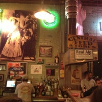 3/11/2013 tarihinde Roger E.ziyaretçi tarafından Guero's Taco Bar'de çekilen fotoğraf