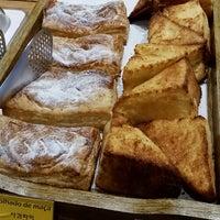 Foto tirada no(a) Bellapan Bakery por Edson K. em 7/3/2017