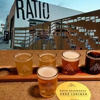 Foto tirada no(a) Ratio Beerworks por Steve W. em 5/25/2016