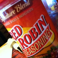 Photo taken at Red Robin Gourmet Burgers by Chad D. on 1/3/2013