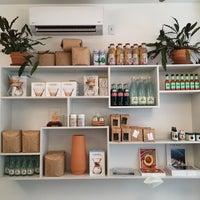 Foto tirada no(a) Café Integral por Ken Y. em 10/2/2016