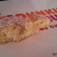 Photo prise au Dunkin Donuts par Robert B. le3/13/2013