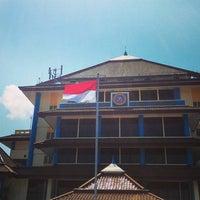 Photo taken at Kantor Manajemen Univ. Airlangga by Probo D. on 11/9/2015