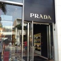 Photo taken at Prada by fuyu👁🗨® (. on 10/6/2012