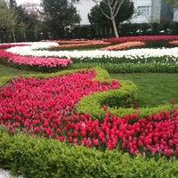 4/14/2013 tarihinde Melda C.ziyaretçi tarafından Göztepe 60. Yıl Parkı'de çekilen fotoğraf