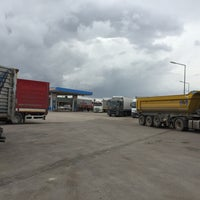Photo taken at Opet- Hüseyin SÜMER Petrol by Volkan S. on 5/12/2015