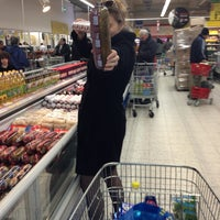 Photo taken at Tesco by Aleksandra G. on 3/29/2013