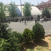 Photo prise au Ali Rıza Özderici Anadolu Lisesi par ebilis e. le5/31/2016