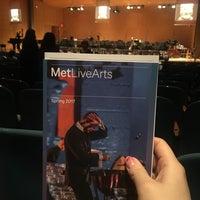 3/31/2017 tarihinde Qian S.ziyaretçi tarafından The Grace Rainey Rogers Auditorium at The Metropolitan Museum of Art'de çekilen fotoğraf