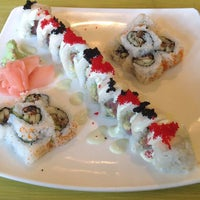 Photo taken at GENKI Noodles and Sushi - Buckhead by DelVinson on 5/28/2013
