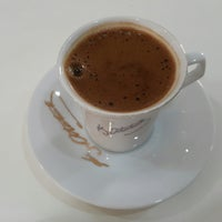 Photo taken at Kuaför Özden by Gözde I. on 8/4/2017