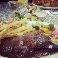 Photo taken at Mel's Diner by Teekz T. on 1/18/2013