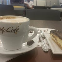 Photo taken at McCafé by Roberlania O. on 2/2/2018