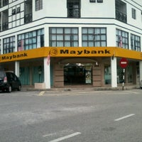 Photo taken at Maybank by Hani I. on 9/17/2012